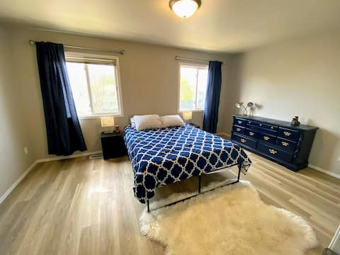 Private Room with NO EXTRA FEES!- Bedroom 1