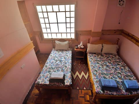 Kapya: A private room at Inandako's BnB