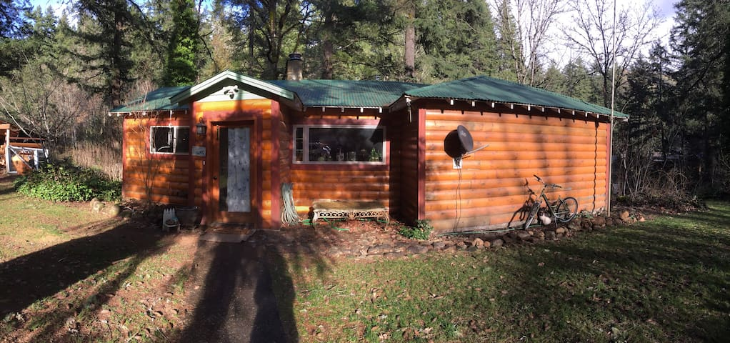 The Cottage on Buck Creek Canyon