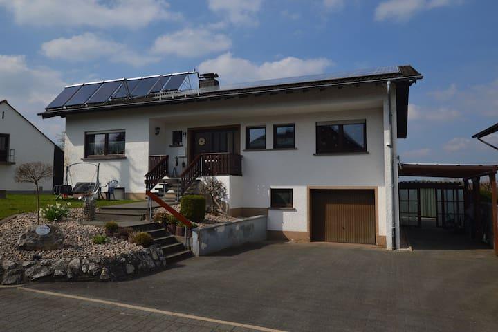 Cozy Apartment in Leudersdorf Eifel with Terrace