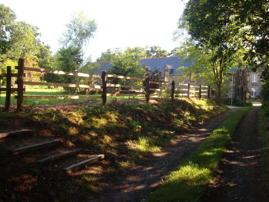 Gite a la ferme jardin de l 39 ouche proche st malo for M jardins miniac morvan