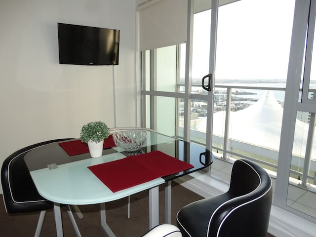 Cozy Private Room in Auckland CBD - Auckland - Apartment