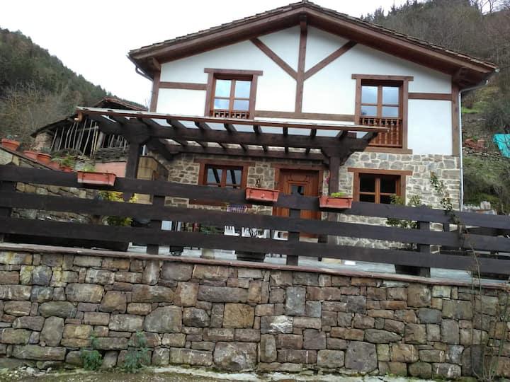 casa en Llayo con bonitas vistas