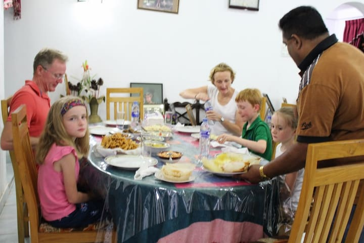 Piya house with Free Cookery Lesson Per Stay.