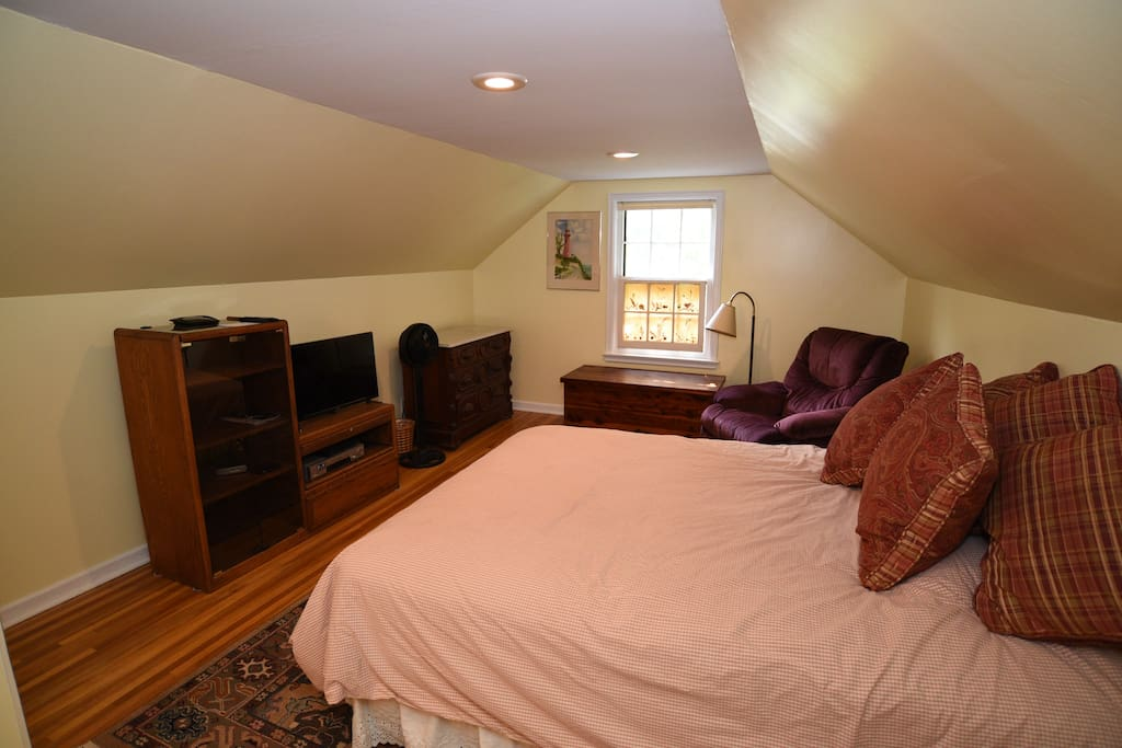 Queen Size Bed and Samsung Flat Screen HD TV