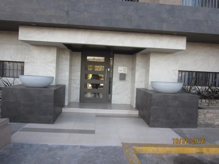 LUXURY CONDOMOST EXCLUSIVE AREA TORRES PARAISO