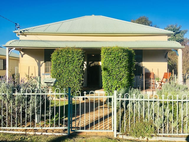 Lavender Cottage Hunter Valley, Free WIFI