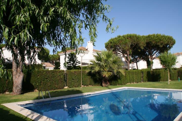 0520 Villa Bolonia