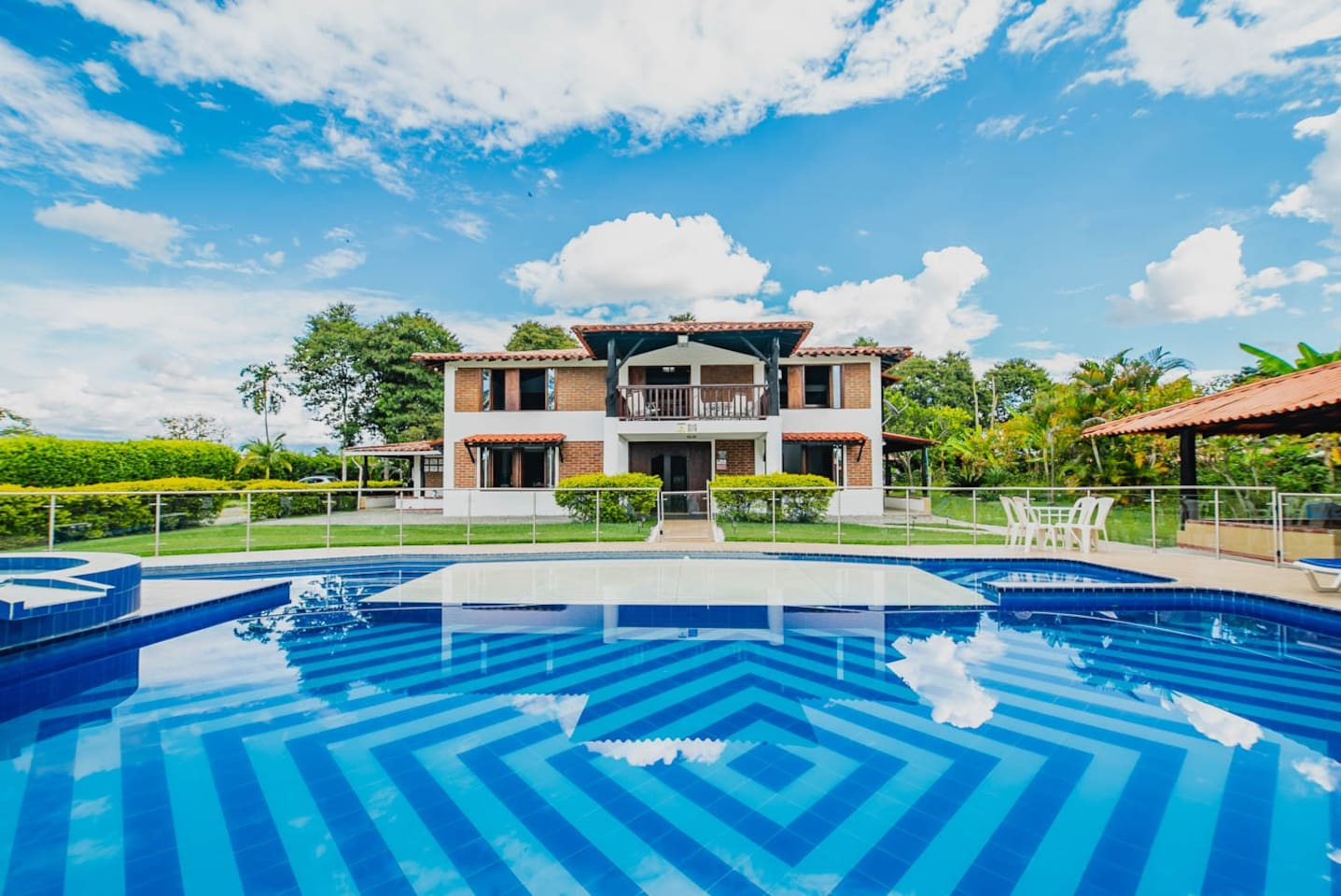 Nuestra Hermosa Finca Hotel