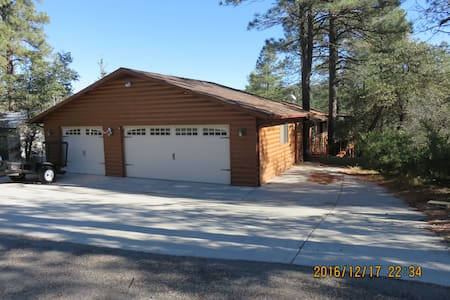 Cozy Cabin Suite in the forest, close to town - Prescott - Apartment