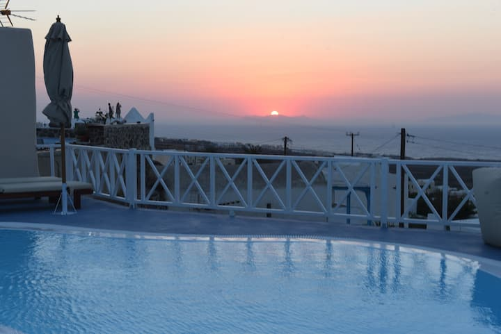 Red Stone Villa APHRODITE Sea view and Sunset