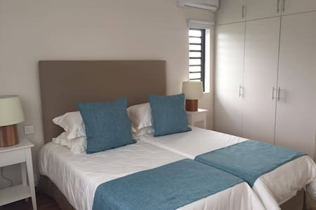 fully-furnished room - Vacoas-Phoenix - Lejlighed