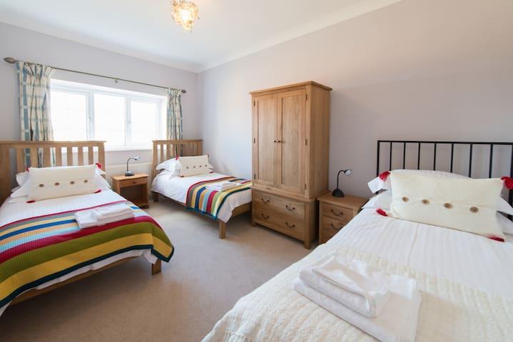 Braham | 3 Bed Sleeps 8 - North Yorkshire - บ้าน