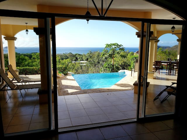 Beautiful Villa w/Ocean Views.  Walk to the beach.