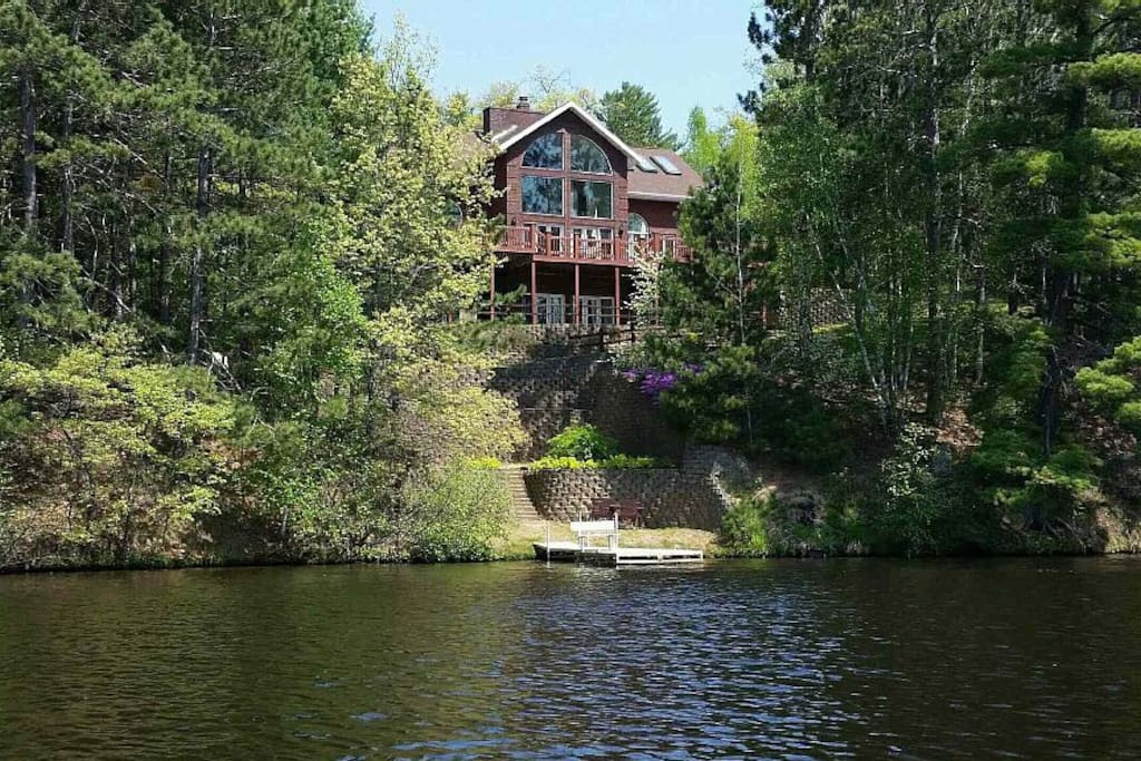 Secluded 4 Acres Waterfront On Lake Alice Houses For