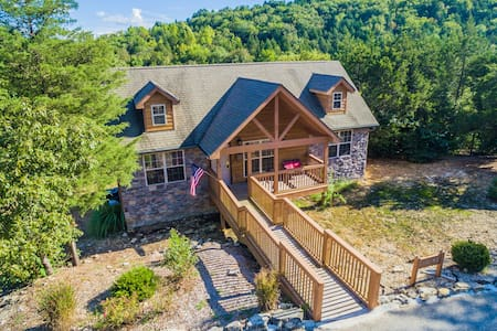 Rustic Ozark Lodge near Golf/more! - Branson West