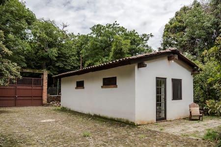 "Casa de campo ""Santiaguito"" - Malinalco"