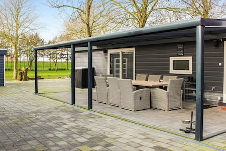 Holiday cottage with 3 bedrooms on 54m² in Terwolde