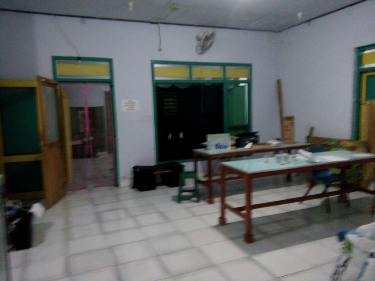 Home Stay Tanjungsari Boyolangu Tulungagung Maisons Louer