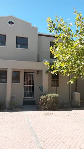 Blouberg Accomodation - Cape Town - Townhouse