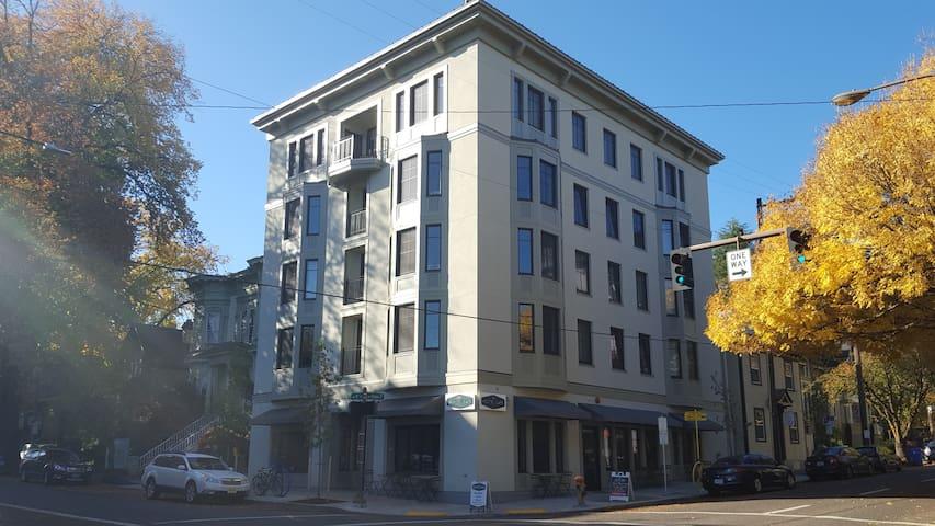 Corner location in heart of NW Portland