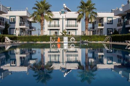 Antalya'da 4+1 - 2+1 KİRALIK FULL MÖBLELİ VİLLALAR - Antalya
