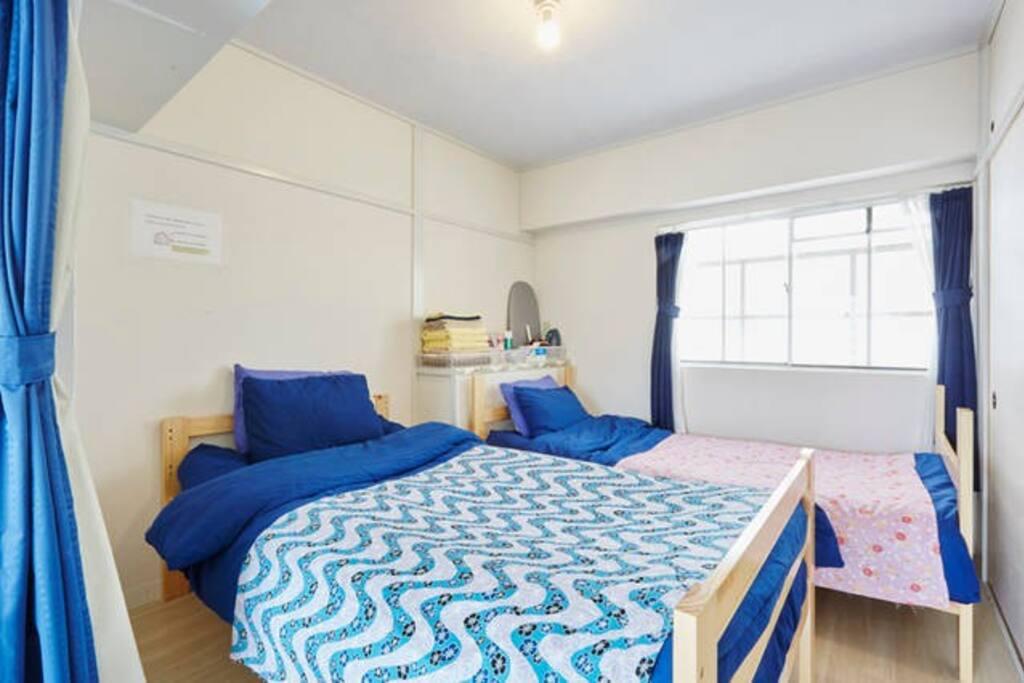 604room