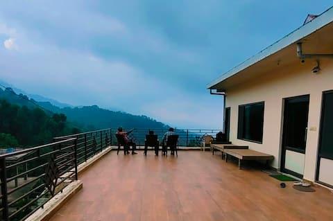 Kasauli Hills/3 Bedrooms Cottage/Barbeque/Bonfire