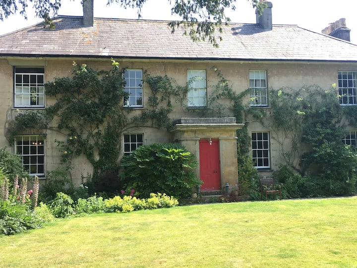 Home Farm House, a gem in an idyllic Dorset hamlet
