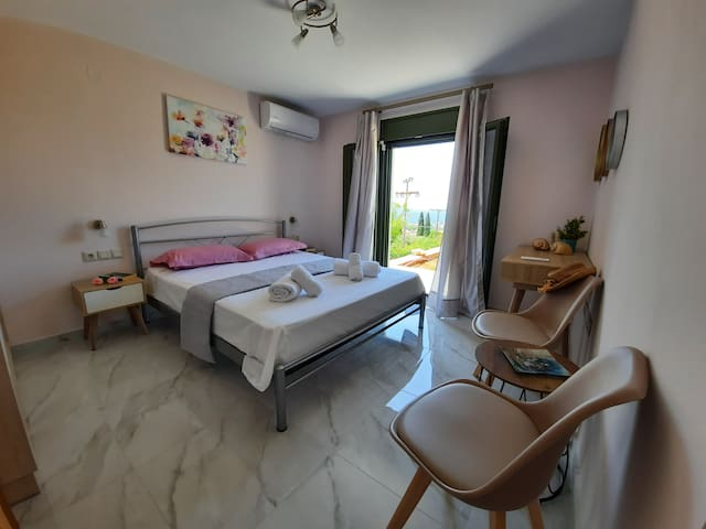 Air conditioned sea view bedroom