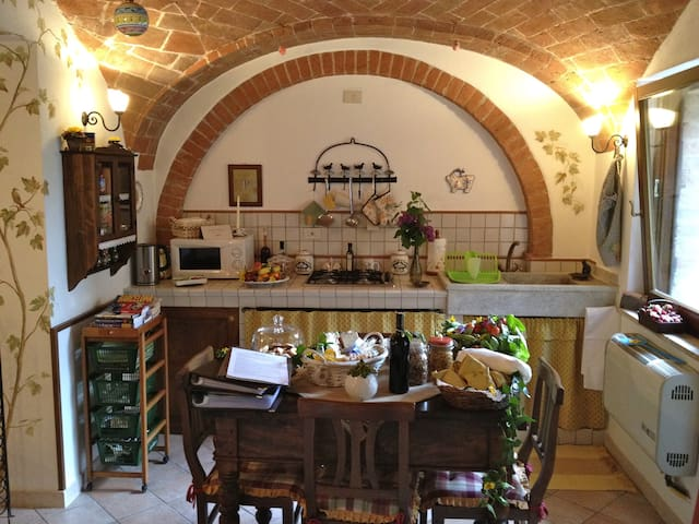 Il Nido, near Pienza, Montepulciano - Castelmuzio - House