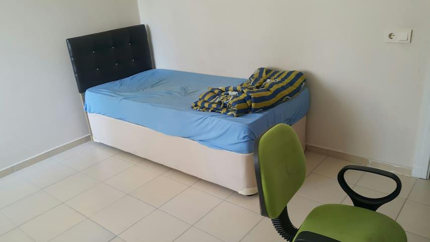 Mutfak Banyo Dahil En fazla 2 Gece - Yenişehir - Apartment