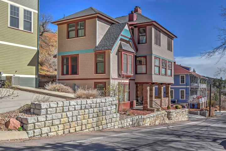NEW! 4BR Manitou Springs House - Walk to Downtown! - Manitou Springs - Casa