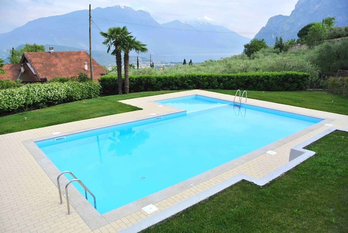 TITTA HOME | happy Holiday on Garda Lake