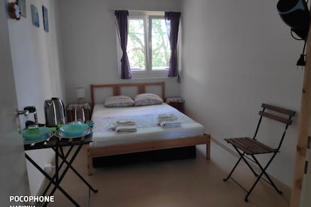 Sunny private room