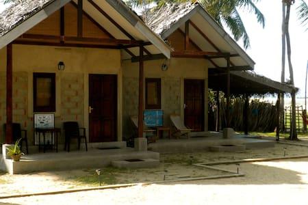 Beach Front Villa - Diyamba Beach - Kalpitiya - 別荘