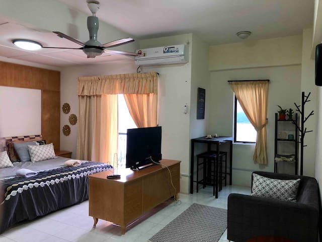 Sunset Seaview Apartment @ Lumut with 30mbps wifi