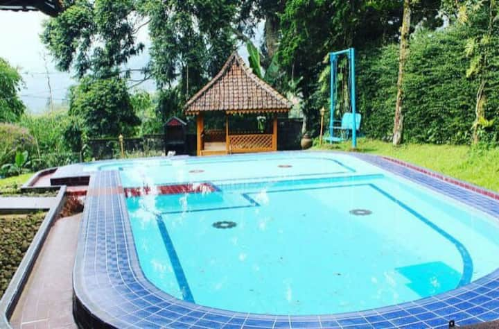 Villa 3BR Ipeh Puncak