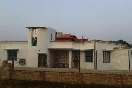Nandonik,Santiniketan - Santiniketan - House