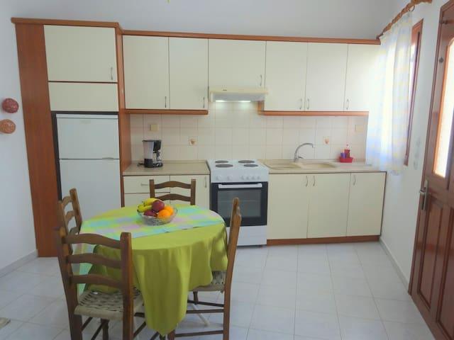 Apartment in Adamas
