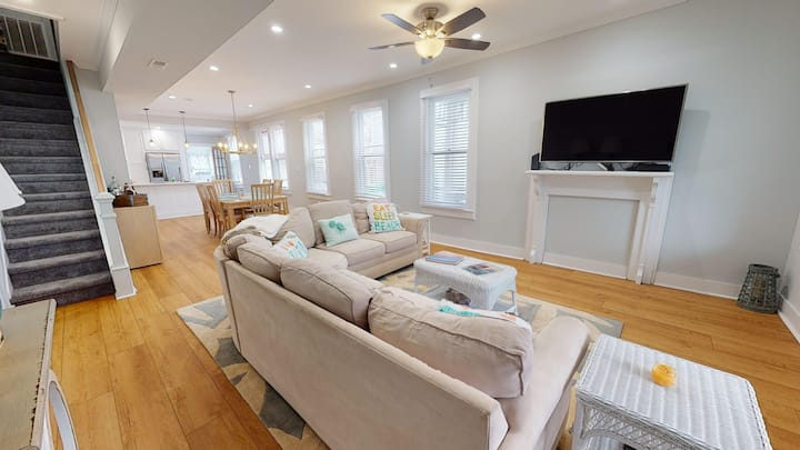 Historic Cape May Family Home with Upgrades!