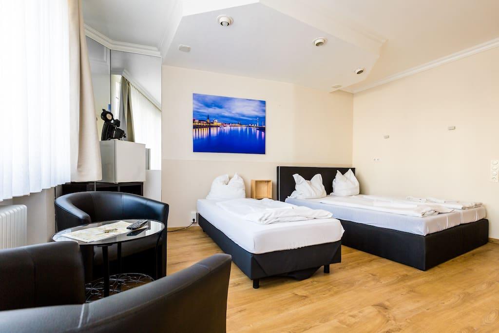 Wohnbereich mit Schlafplätzen