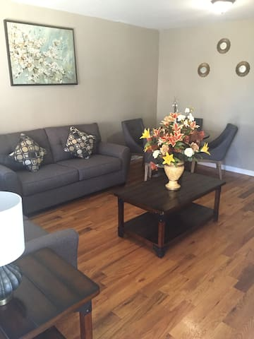 Jenny's House 15 min from JFK!! - Queens - Apartment
