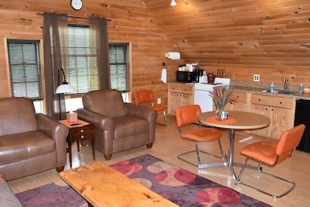 Pinkham Notch Loft Apartment - Gorham