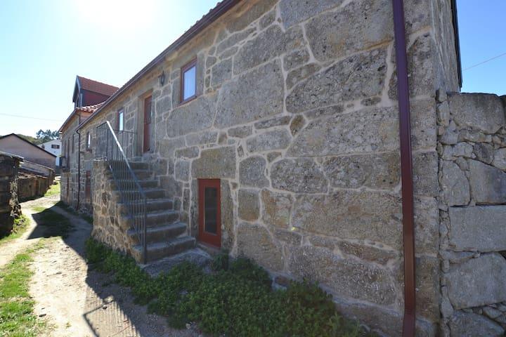 Casa do Lagar de Porto Bom - Ponte da Barca - Hus