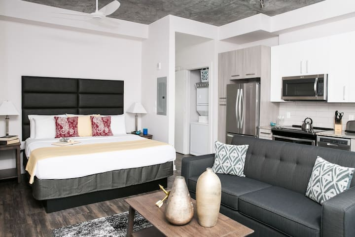 Luxuriant Stay Alfred Studio at 505