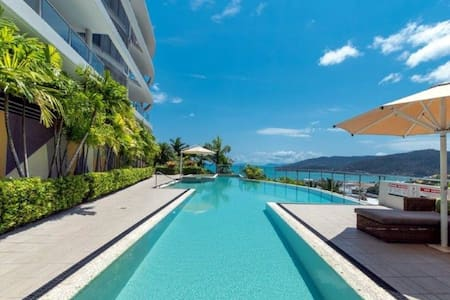 OCEAN VIEW STUDIO WITH SUPERB SWIMMING POOL & WIFI
