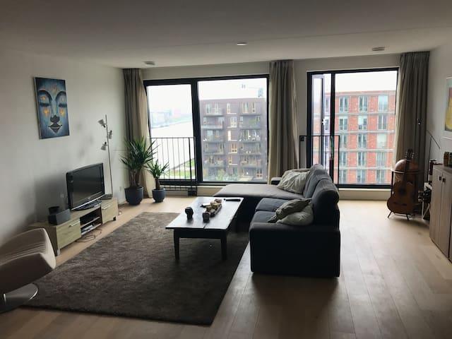 Spacious Apartment next to Central Station w/ view - Ámsterdam - Departamento