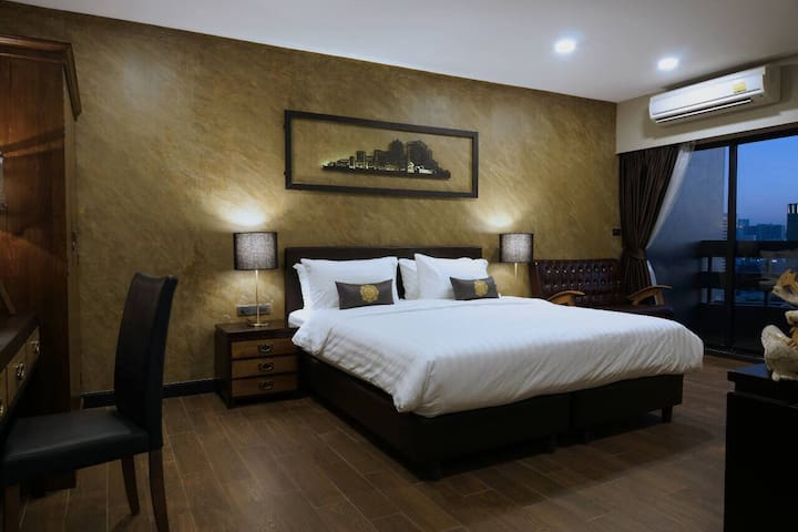 CHIC 2BR 70 Sqm.@BTS&AIRPORT LINK - Bangkok - Apartamento