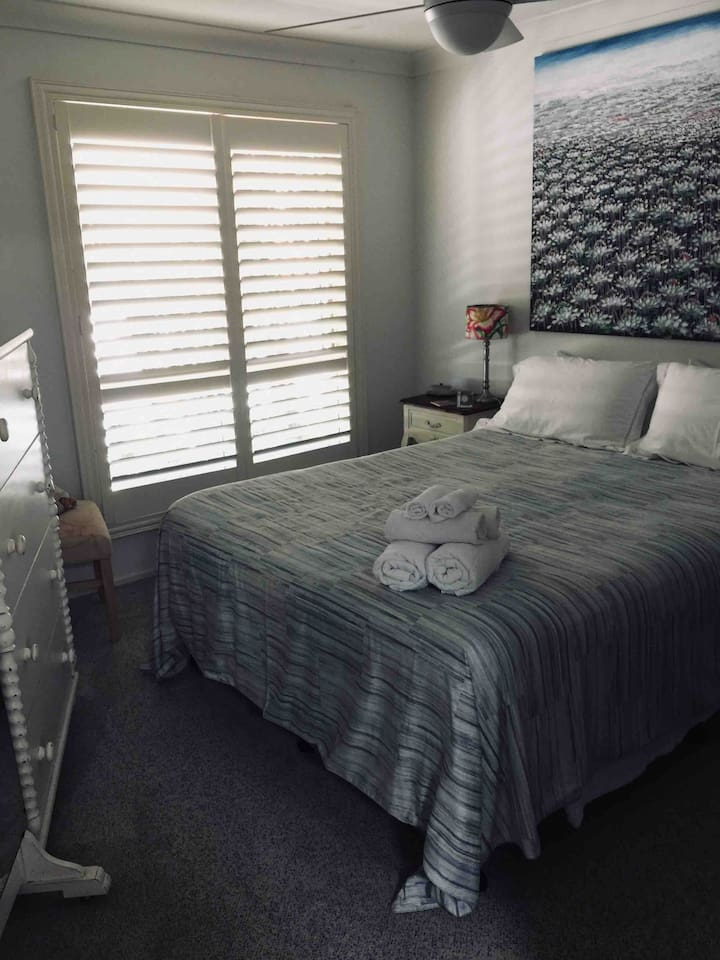 Airbnb guest room